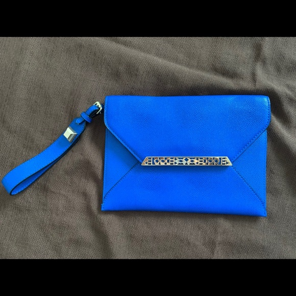 Stella & Dot Handbags - Stella and dot envelope clutch wristlet